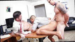 Guy getting spit roasted in the office