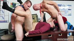Bareback gay threesome on the office floor
