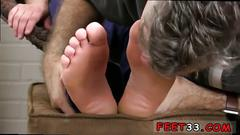 Footjob gay session with some super hot toe sucking