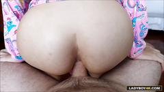Ladyboy tyra blowjob and bareback