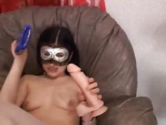 Masked amateur bitch fist herself