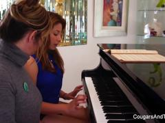 Brunette hottie gets her hairy pussy pleasured by her piano