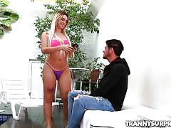 Blonde tranny sunbathes naked for her voyeur neighbor