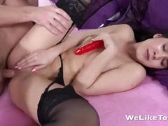 Lady dee gets her anal virginity destroyed