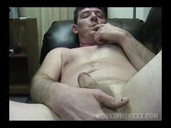 Mature amateur dan jerks off
