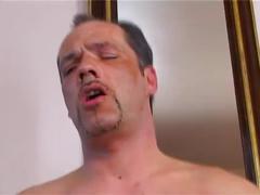 Tochter fickt stiefvater in der dusche - german