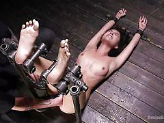 Bdsm sex slave squirting like a fountain