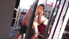Tanned stud nails hot guys ass in the gym