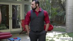 Muscular hunk stud jaxton wheeler cums on hot ts tory