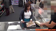 Busty mature amateur pawns pussy for cash