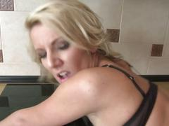 Amateur milf takes big cock on her kitchen