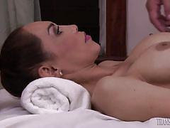 Brunette shemale sunday valentina gives and receives a blowjob
