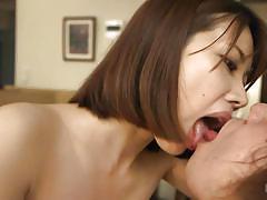 Cumming in hairy japanese bush