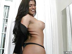 Bubble butt brazilian babe has stiff surprise
