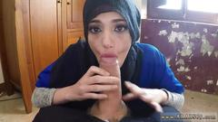 Amateur arab babe is ready for some good sucking