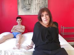Married mom estrella desperately wants to fuck jordi