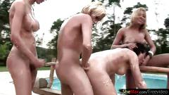 Wicked t-babes go for deep anal sandwich in foursome orgy