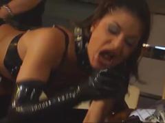 Sm - geile schlampe vorgeführt hardcore porno casting