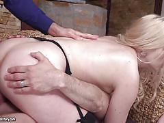 Nasty anal babe in hardcore dp