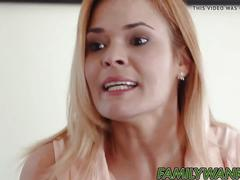 Stepdad learns liv revamped how to do perfect bj