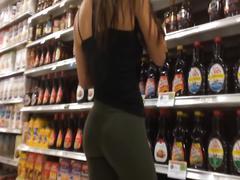 Great ass shopping in leggings