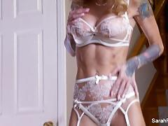 Hot babe sarah jessie in lingerie
