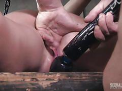 Mona has her clit aroused while swallowing a dick