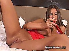 Nicole dp