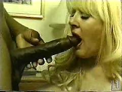Kayla kleevage likes chocolate pt 1