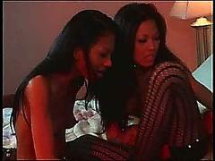 3 asian lezbos