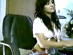 Atrapada por la webcam parte 2
