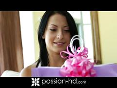 Passion hd : kelly diamond in soothing hands