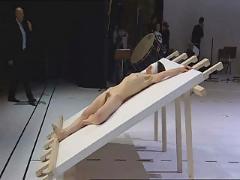 Nackt im theater