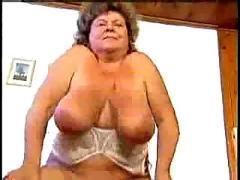 Mature lady takes a pounding