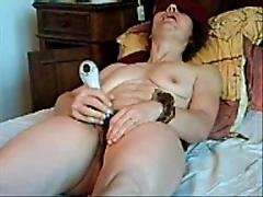 Hairy amateur bondage blindfold milf dildo penetration