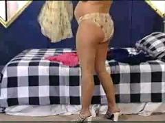 Pregnant mom undressed.f70