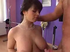 Massive tits m27