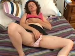 Hairy amateur mature milf masturbating her old vagina