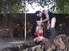 Big tit tattooed brunette enjoying an outdoor deepthroat