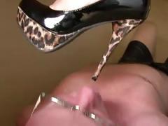 Office foot worship(foot worship ,shoe worship ,femdom )