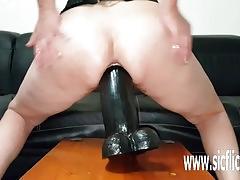 Amateur colossal dildo fucking penetrations