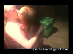 Girls kissing girls