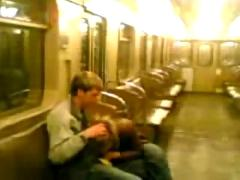 Little blowjob on metro