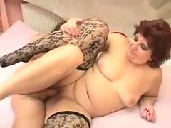 Fat lady gets her loving ( bbw 18 sex )
