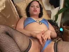 Kinky chubby wife wants to show you her horny side ( bbw 18 sex )