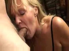 Mature likes sperm 3-fdcrn