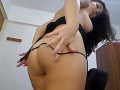Bid round ass plays with pussy tits and dildo in ass