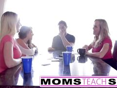 Step mom brandi love fucks teen daughter and friends