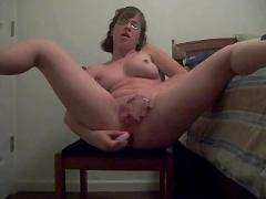Nerd girl makes anal video for her bf