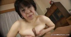 Mature asian lass has a nice pussy fuck